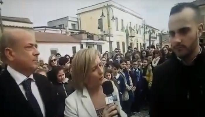 Papa giornalista Perillo