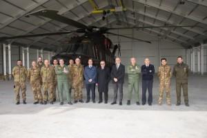 Foto di gruppo nel Nuovo Hangar hh101