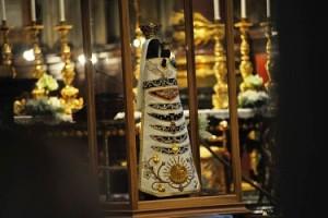 Sacra Effige Virgo Lauretana